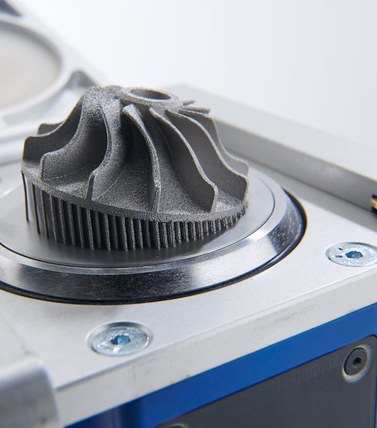 Aube de turbine en métal imprimée par fabrication additive
