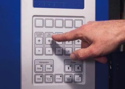 Blue Power CC3000 Facile à contrôler par écran LCD